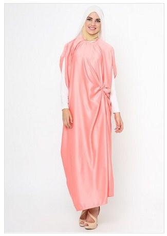Contoh Desain Baju Muslim Modern Pesta Bahan Satin Yang Cocok Untuk