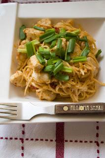 (Malezyjskie stir-fry z kurczakiem