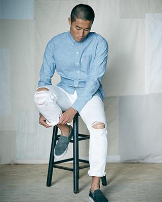 Men's Torn Levi Jeans
