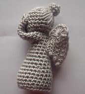 http://www.ravelry.com/patterns/library/weeping-angel-4