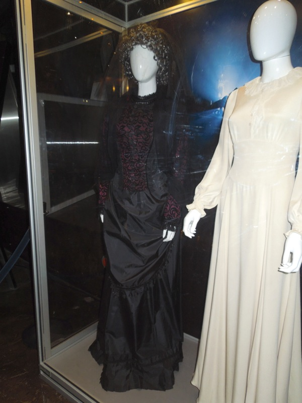 Insidious Chapter 2 black ghost dress