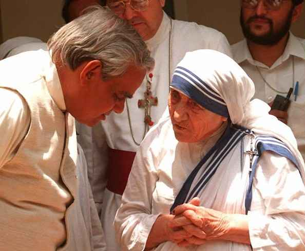 Atal Bihari Vajpayee with Mother Teresa, May 1996