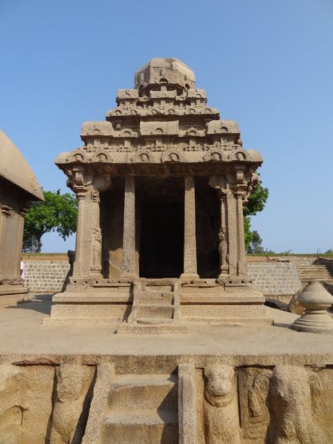 Mahabalipuram Monolithic Stone Chariots -   Arjuna Ratha