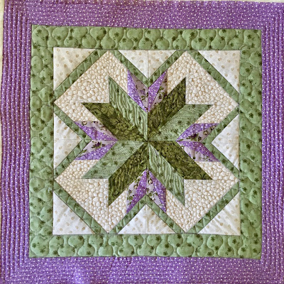 #machinequiltingbloghop pebbling flame stitch wood grain freemotion quilting