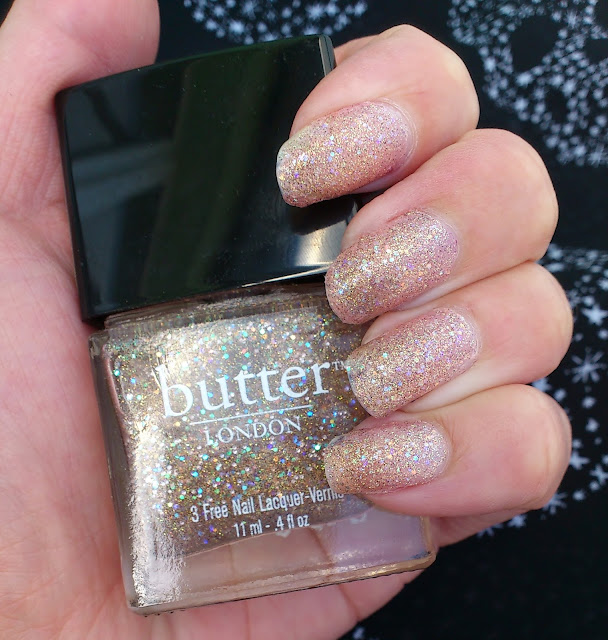Nails-Butter-London-Tart-with-a-Heart
