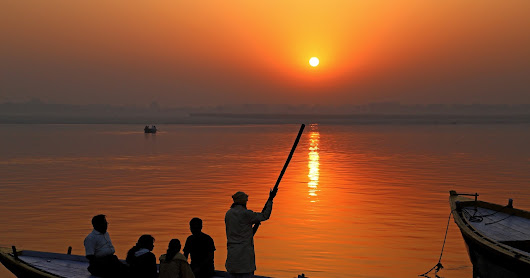 CELEBRATING LIFE!!: Sunrise in Varanasi