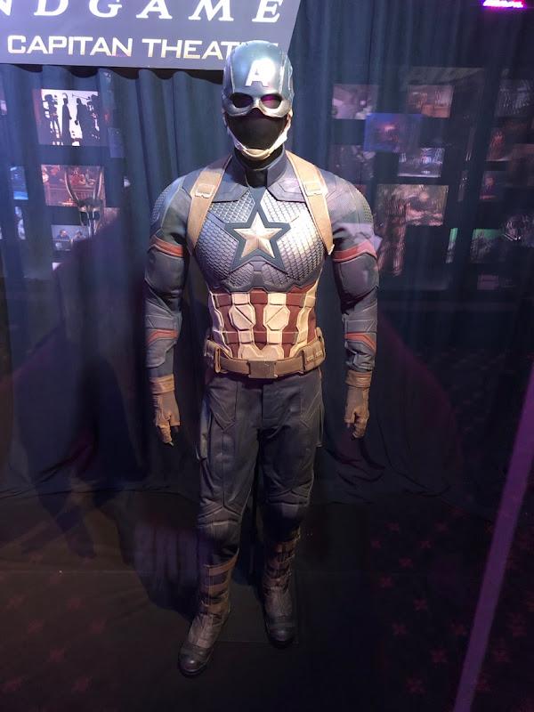 Avengers Endgame Captain America uniform