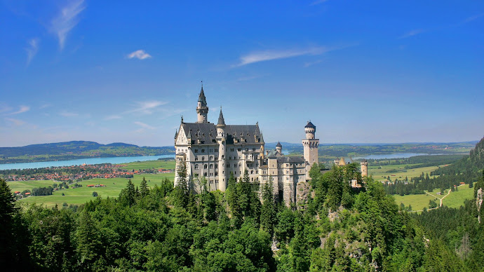 Picture 25: Beauty & majesty: Neuschwanstein Castle