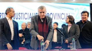 Gioja, eufórico: insultó a Mauricio Macri en un encuentro político
