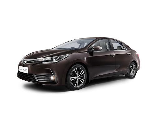 Toyota launches Corolla Altis facelift in India starting from ₹15.87 lakhs