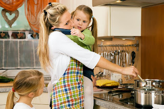 imagen mujer+dia del trabajo+madre e hija