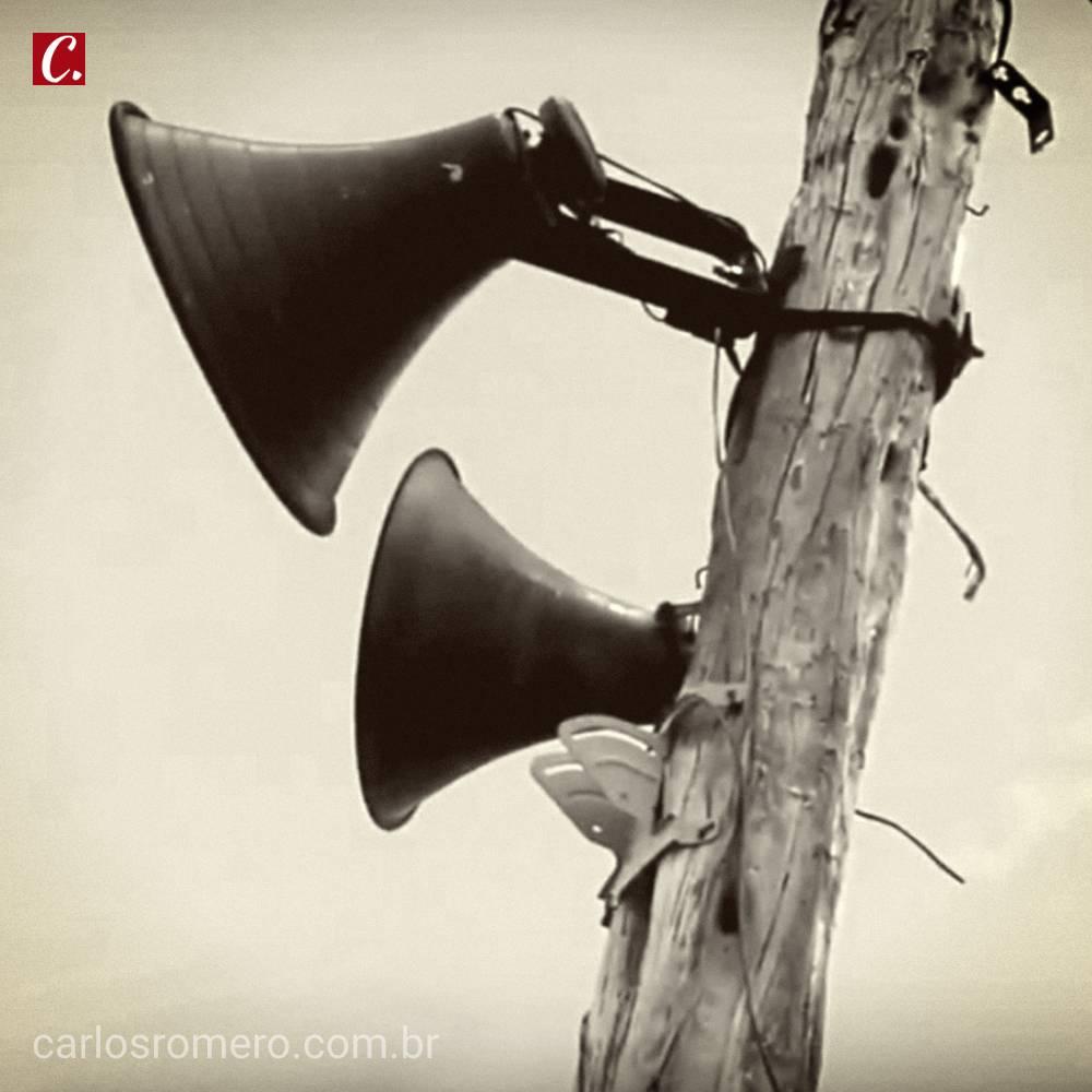 ambiente de leitura carlos romero frutuoso chaves radio difusora radio tabajara cardivando oliveira manoel alexandre difusora luso-brasileira