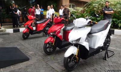 Kalo Begini Beneran Hemat, Akhir 2018 Sepeda Motor Listrik Buatan Indonesia Di Produksi Massal