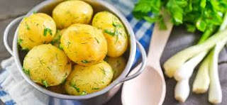 9 Benefits of Eating Potatoes Boiled Every Day for Health - Healthy T1ps
