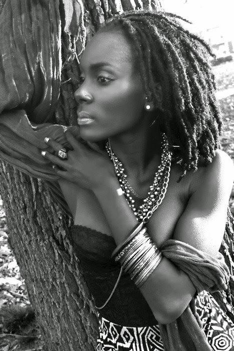 pelo afro rastas