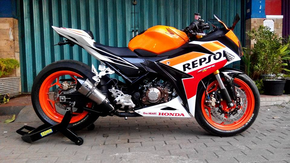 Modifikasi All New Honda CBR150R Repsol Kaki Gambot plus Upside Down