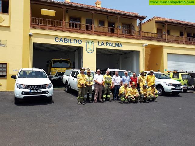 El Cabildo refuerza la dotación de Medio Ambiente con cuatro vehículos todoterreno para la campaña contraincendios