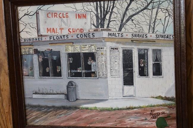 missouri route 66 retro 1950s vntage diner circle inn bourbon