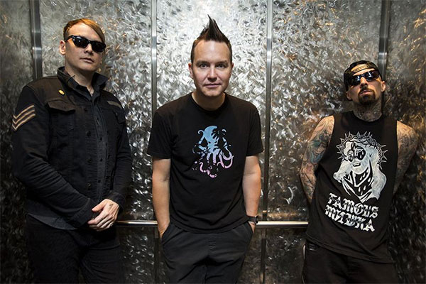 blink-182 play new fast song live, 'Brohemian Rhapsody'
