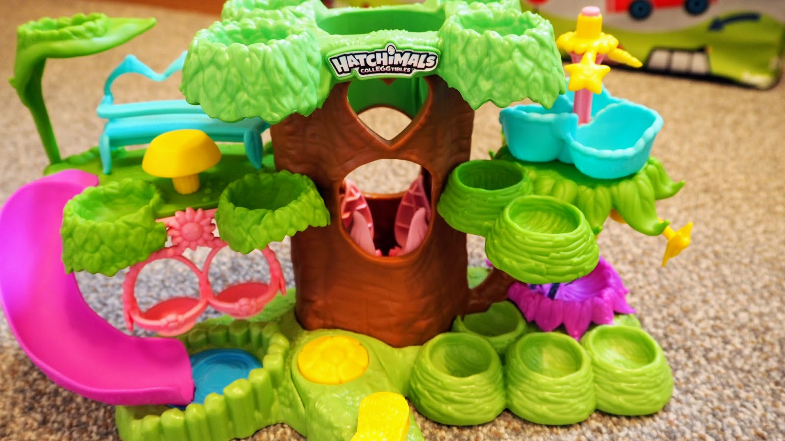Hatchimal Colleggtibles Hatchery Nursery Review