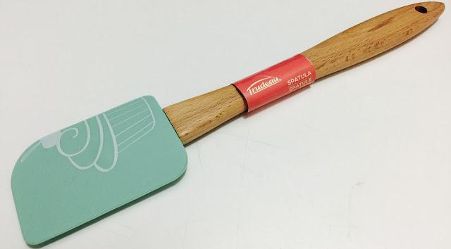 baking spatula trudeau