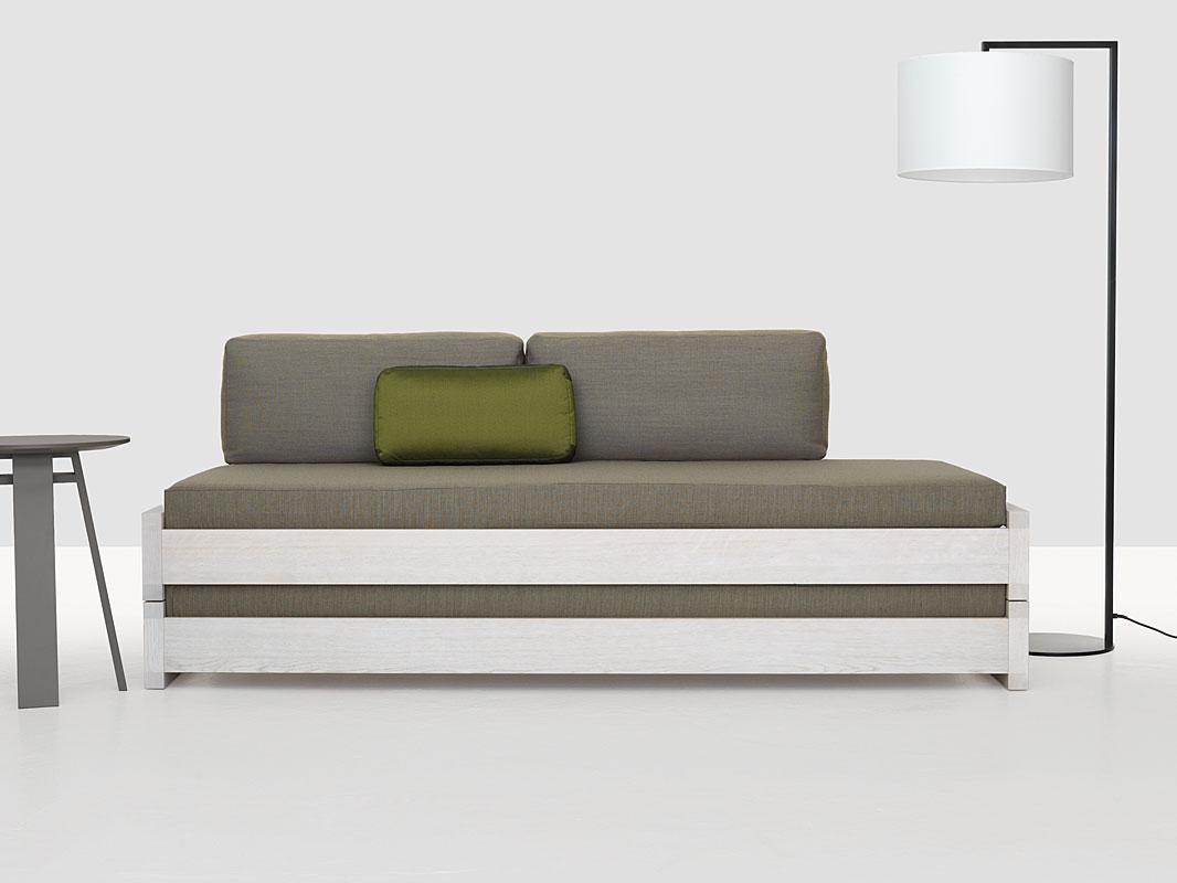 massivholzbett massivholzbetten in m nchen das stapelbett aus massivem holz praktisch sch n. Black Bedroom Furniture Sets. Home Design Ideas