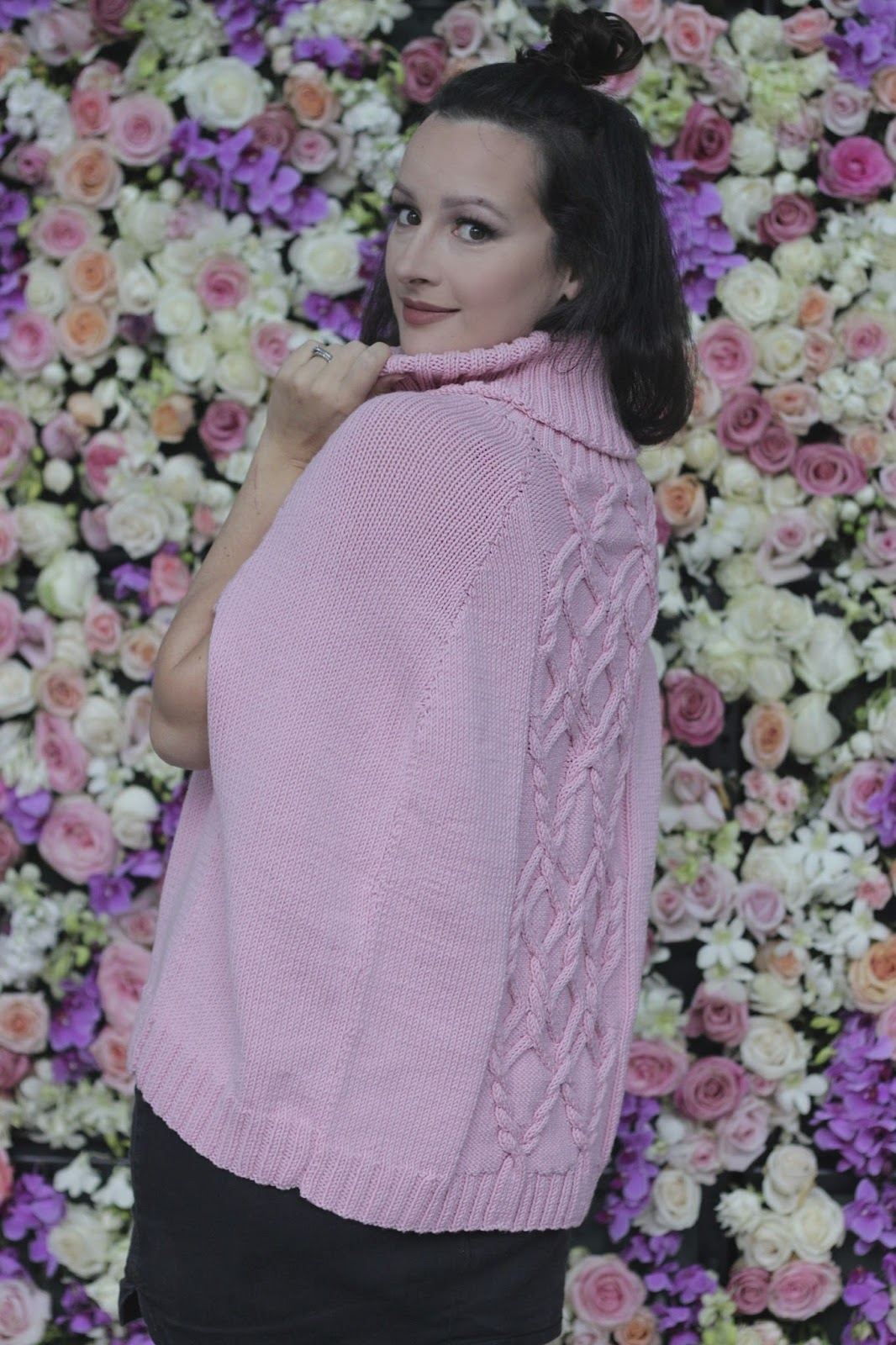 JuliaBobbin: The Knitted Sweater Cape by Cleckheaton Patterns