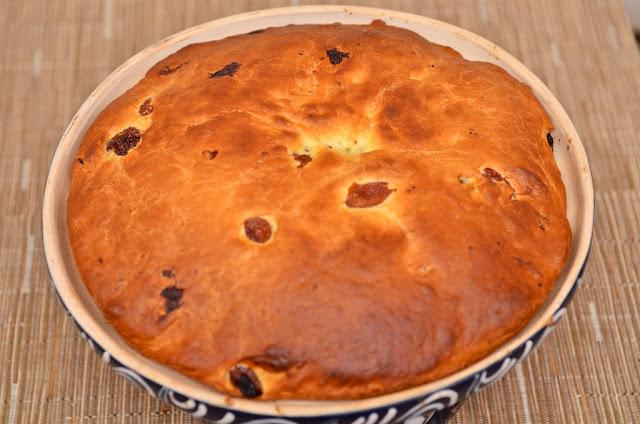 Kougelhopf - Alsace - Kougkof - Gâteau - dessert - cuisine - brioche - cooking - raisin - christmas - elsass