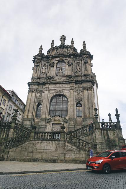 クレリゴス教会(Igreja dos Clérigos)