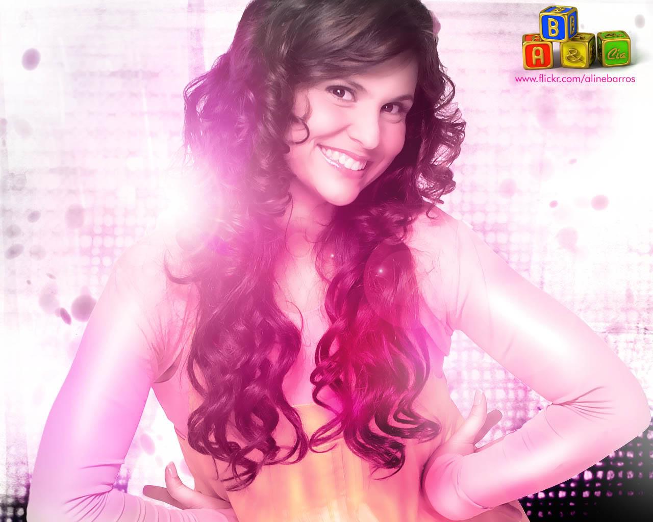 246f1ab9805eb Dona de um talento inigualável, Aline Barros é hoje a maior cantora gospel  do país e seu timbre já é reconhecido internacionalmente.