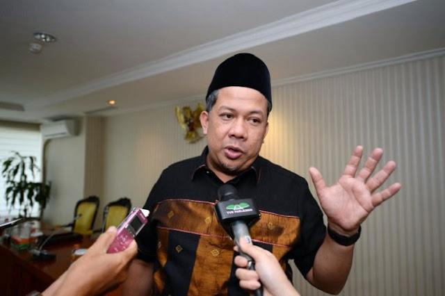 Fahri Hamzah Berseberangan Dengan PKS Soal Pajak Sepeda Motor Dan SIM Seumur Hidup
