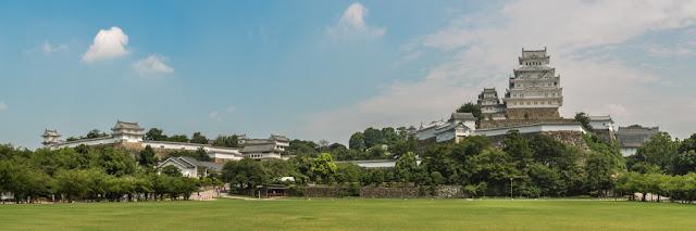 Castillo de Himeji :: Panorámica 8 x Canon EOS5D MkIII | ISO100 | Canon 17-40@40mm | f/9.0 | 1/100s