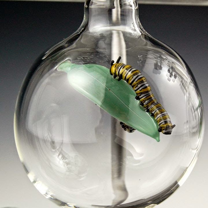 12-Caterpillar-Kiva-Ford-Scientific-Glassblowing-with-Miniatures-www-designstack-co
