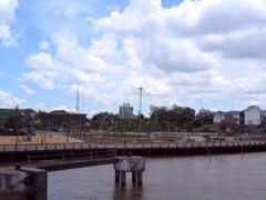 Pembangunan taman tugu khatulistiwa (steher)