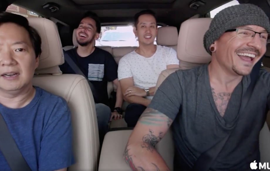 Watch one of the lastest videos of Chester Bennington having fun with his band