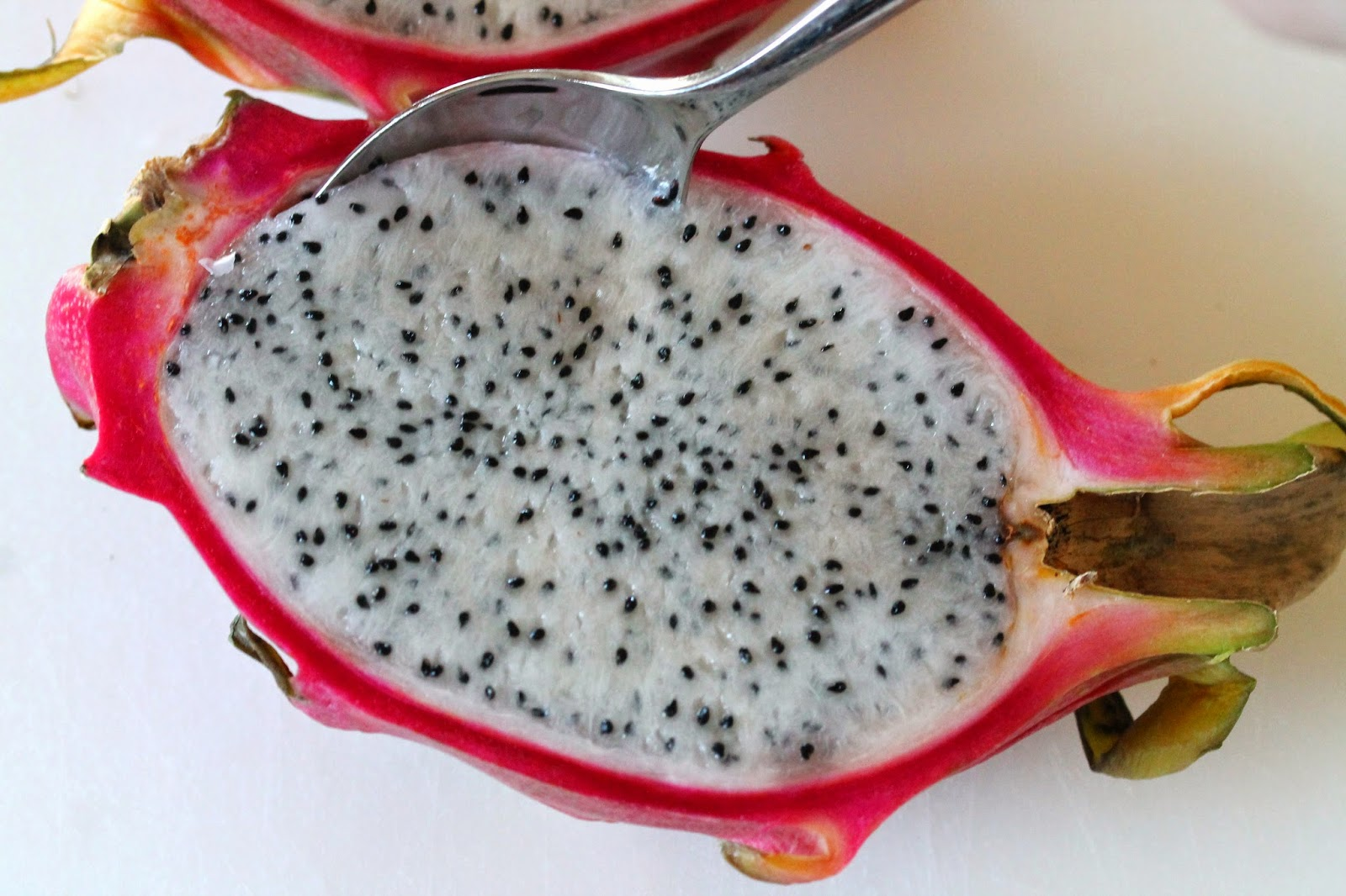 how to cut dragon fruit healthy fruit for breakfast