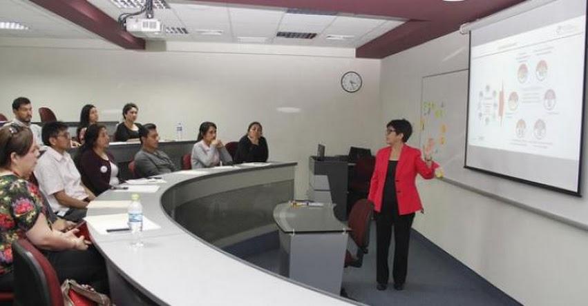 PRONABEC capacita a sus colaboradores en simplificación administrativa - www.pronabec.gob.pe
