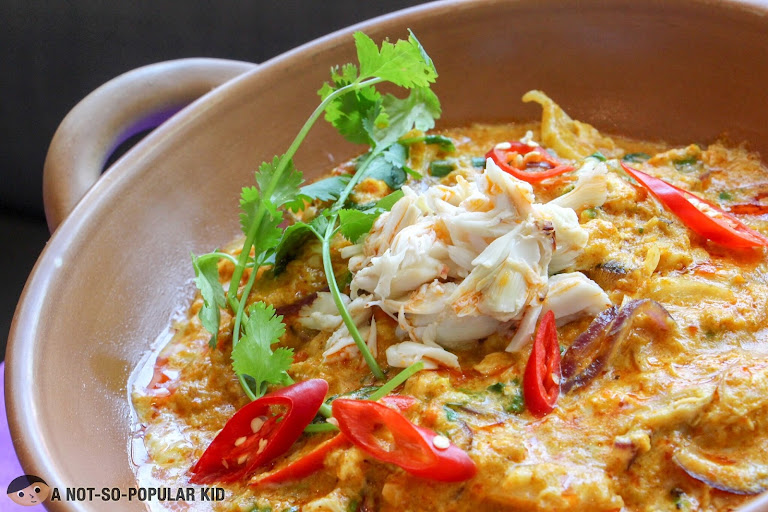Stir-fried Crab in Curry Sauce of Mango Tree