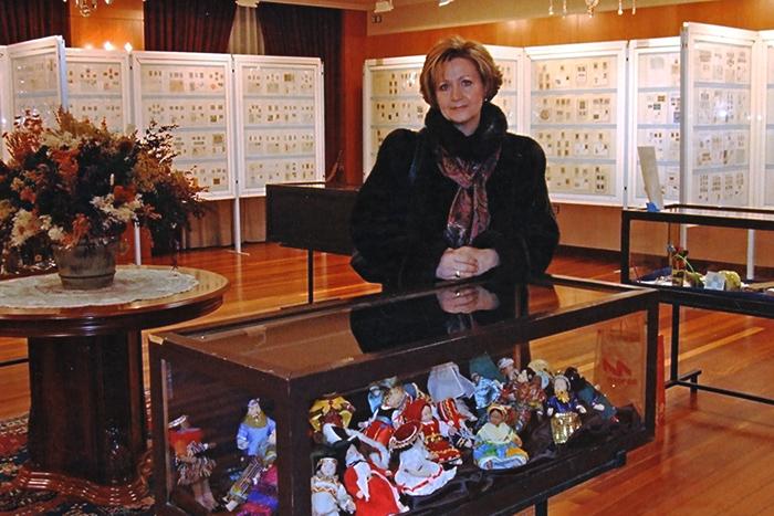 Maite Bravo y las Muñecas del Mundo