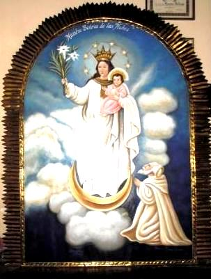 Foto de la Virgen de la Nube en los cielos a colores