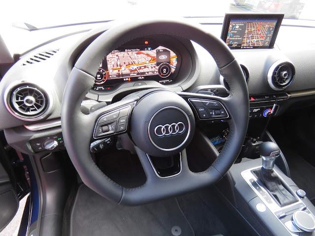 Audi A3 Sedan 2.0 Ambition 2018 - interior
