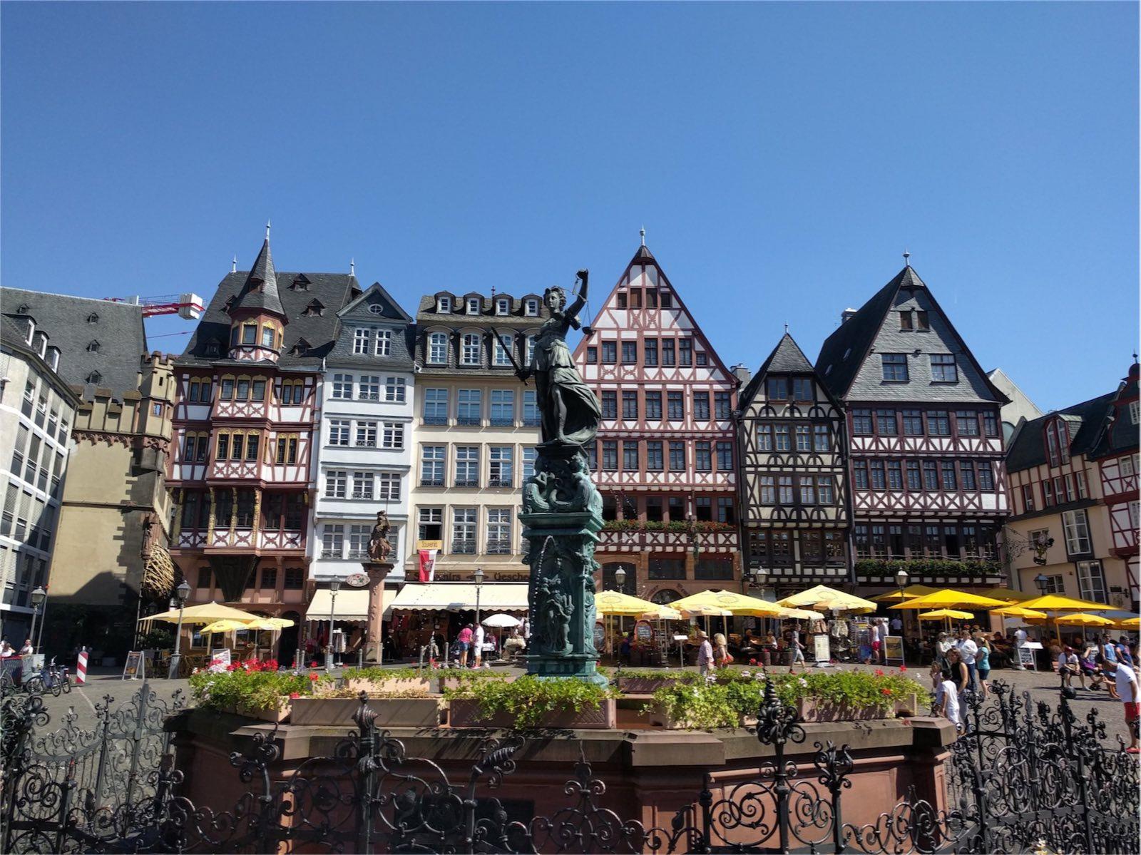 O Römer é uma das atrações turísticas em Frankfurt