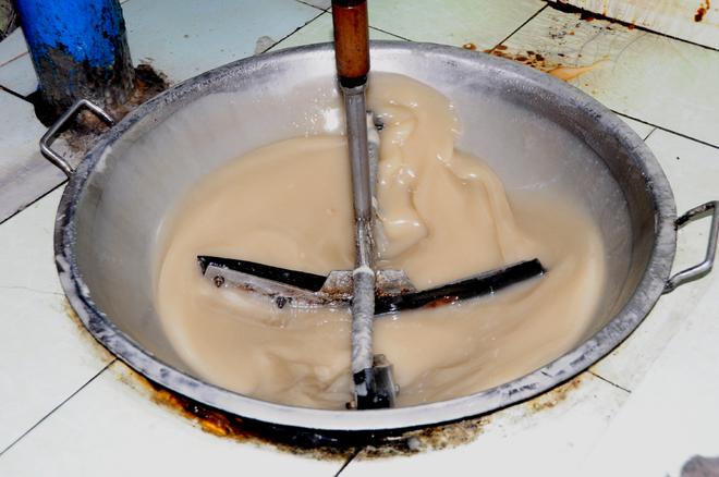 Kết quả hình ảnh cho làm kẹo dừa