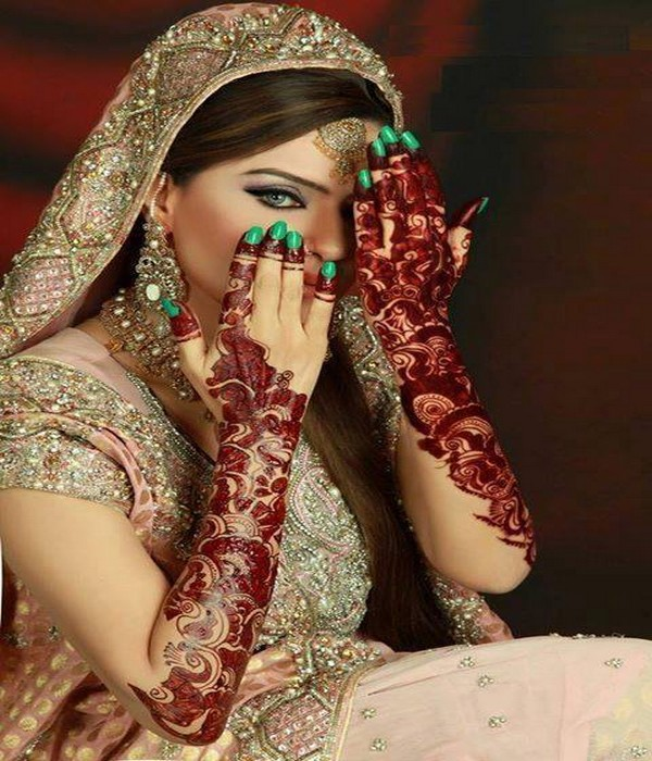 Hairstyles Pakistani Mehndi: Latest Mehndi Designs Or Henna Styles For Girls: Bridal