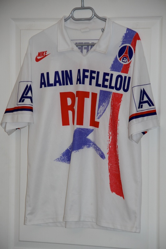 ce4709d5 A kit that divided opinions, the PSG 90-92 home kit by Nike was created by  PSG's sports director of that time - Guy Adam. It shows a red and blue  drawing of ...