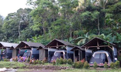 Suasana Penginapan Herman Lantang Camp Bogor