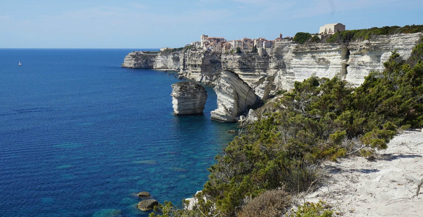 Bonifacio seen from the Pertusatu trail