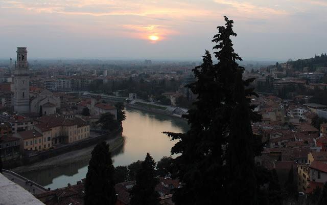 Donde ver las mejores puestas de sol de Verona. Castillo de S. Petro