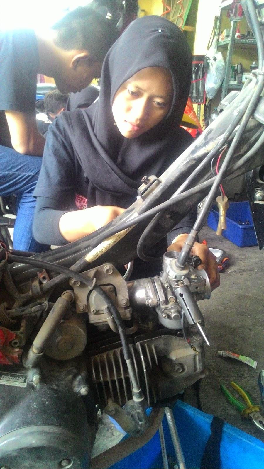 Kursus Mekanik Sepeda Motor
