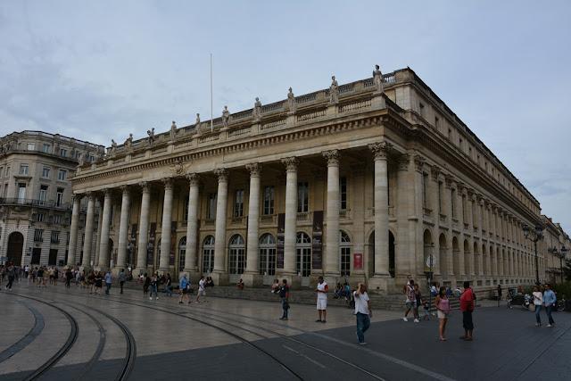 Bordeaux temple